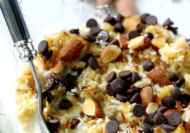 Healthy almond joy baked oatmeal is a fun spin on traditional oatmeal- made with nourishing ingredients, but tastes like your favorite candy bar!