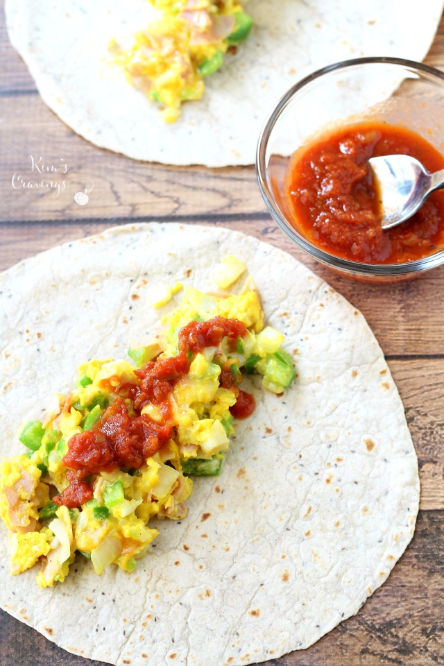 Western-Style Breakfast Burritos- so quick, so simple, and so delicious!