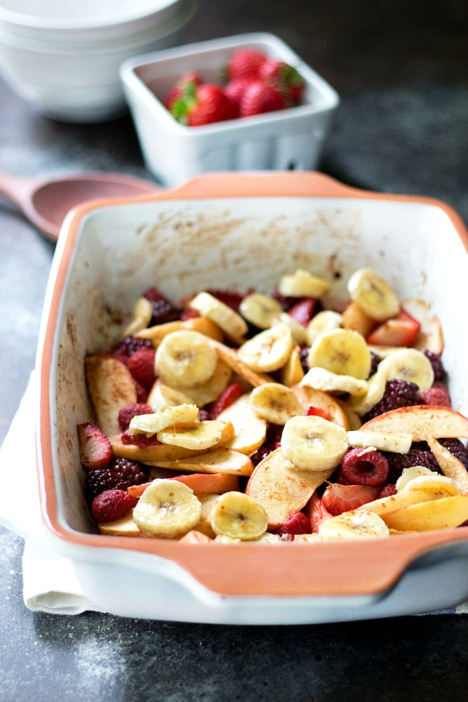 This super easy, healthy baked fruit dessert (vegan and gluten free) is the perfect sweet treat for those of us with a raging sweet tooth that still aim to eat nutritiously.
