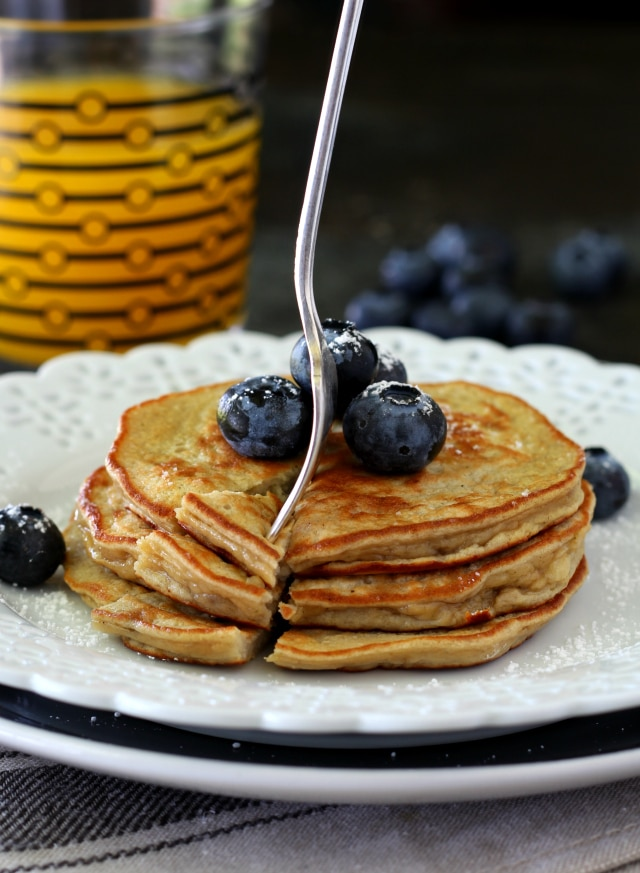 Single-serve Flourless Protein Pancakes- packed with protein, absolutely scrumptious, super healthy and ready in 5 minutes so you can have nutritious, gluten free pancakes at a moment's notice!