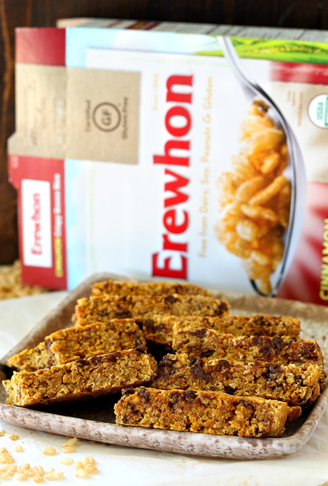 Chewy Chocolate Chip Pumpkin Oatmeal Bars- these babies are so soft ...