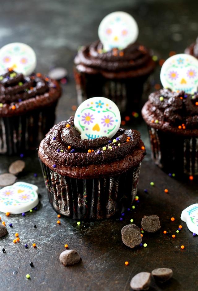 Flourless Paleo Chocolate Cupcakes