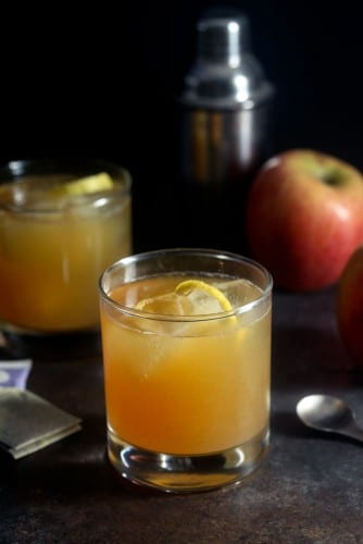 apple-cider-tea-cocktail