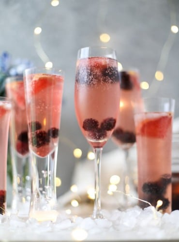 blackberry-champagne-punch-i-howsweeteats-com-12