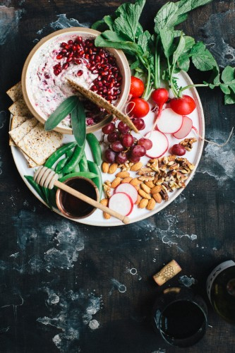 cranberry-pomegranate-spinach-and-kale-dip