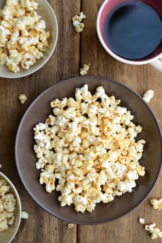 peanut-butter-caramel-popcorn