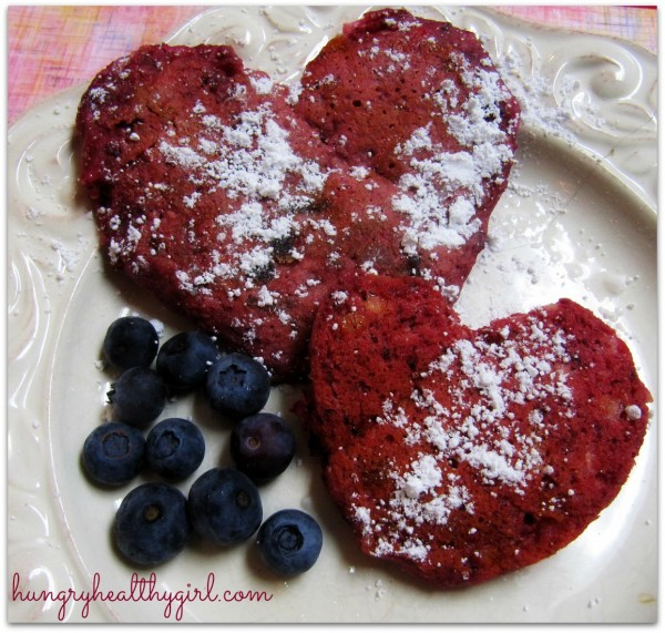 008 heartpancakes