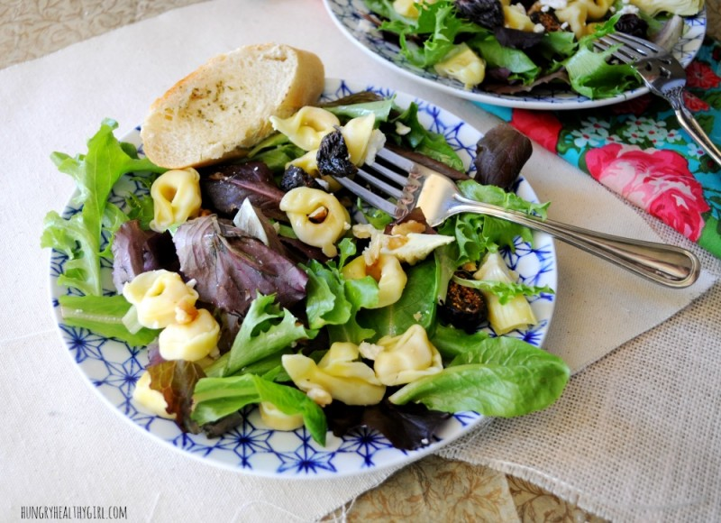 A flavorful dinner salad with tortellini, artichokes, dried figs and walnuts | Hungry Healthy Girl