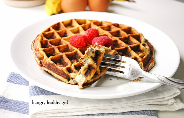 Only four ingredients to this scrumptious waffle! (gluten-free, Paleo, low-calorie, high-protein, dairy-free
