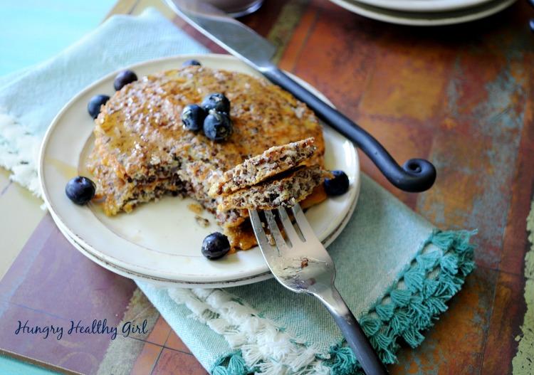 Quinoa Pancakes- super food pancakes with minimal ingredients