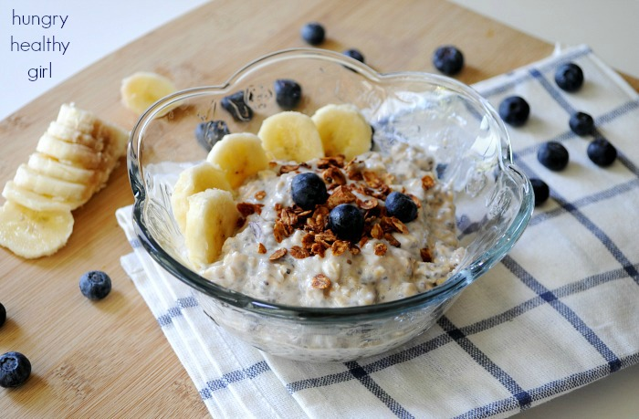 Banana Blueberry Overnight Oatmeal and a tutorial for making the tastiest overnight oats ever!