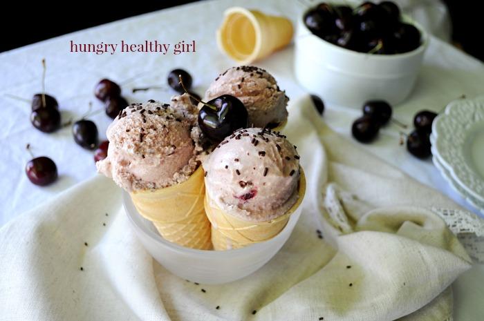 Cherry Vanilla Ice Cream- a sweetly luscious flavorful treat. #icecream #summer #cherries #vanilla