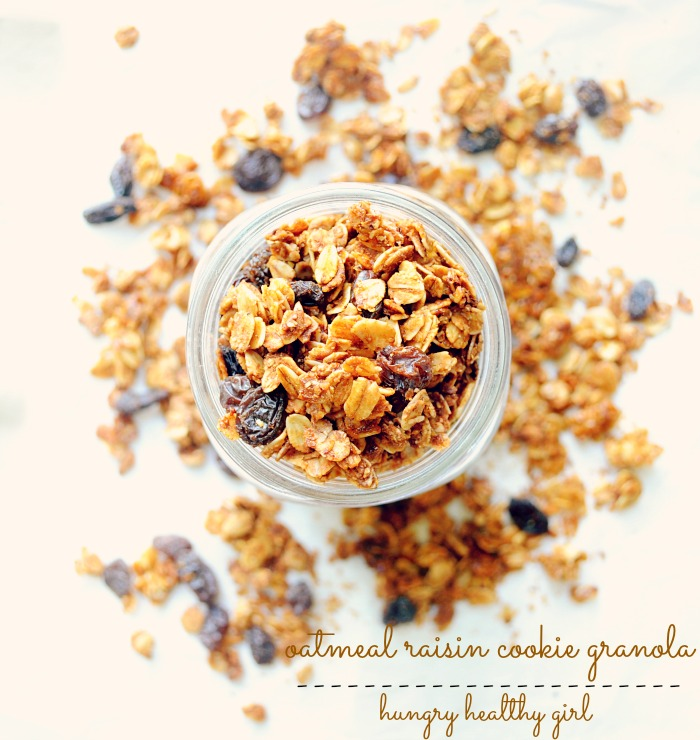 Oatmeal Raisin Cookie- a healthy, low-calorie granola that tastes just like an oatmeal raisin cookie!