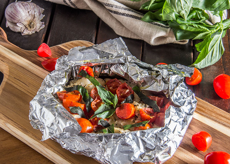 20 minute tomato basil grilled fish foil packet