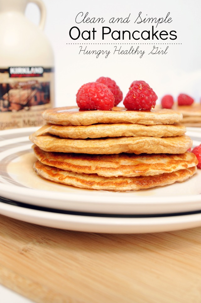 Clean and Simple Oat Pancakes- high-protein, low-calorie, really easy and super yummy!