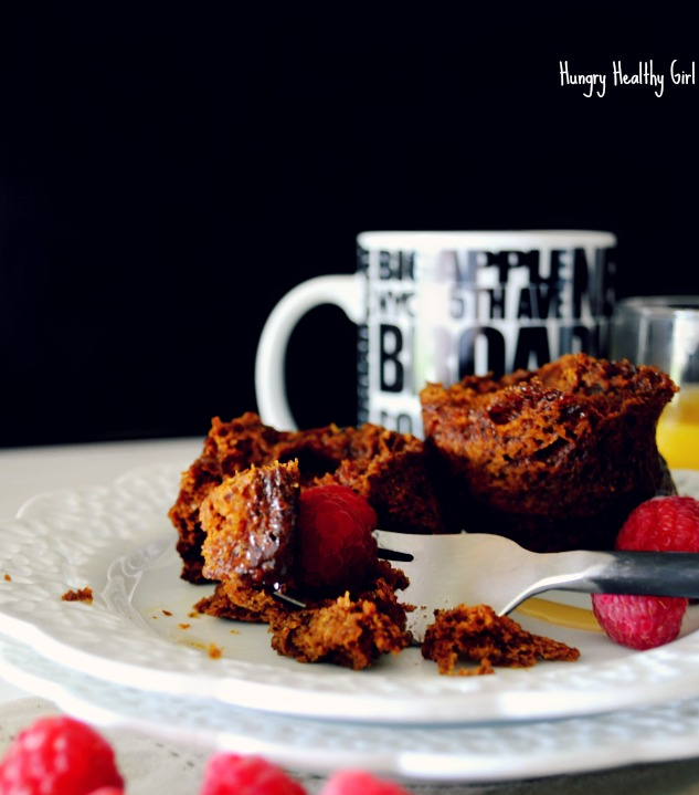 Paleo, Gluten-free Pumpkin Mug Cake- an easy healthy breakfast or snack!