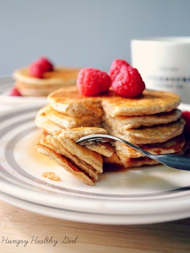 Clean and Simple Oat Pancakes- ight, gluten-free, low-calorie and easy peasy to whip up. Just mix all of the ingredients in your blender and pour onto the griddle- perfect for those super busy mornings!