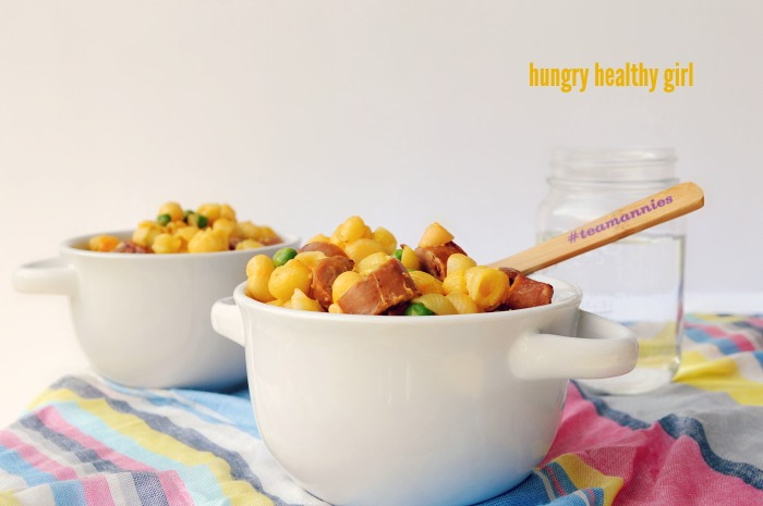 Mac & Cheese with Chicken Sausage and Peas- The kiddies and the grownups will love this Mac & Cheese!
