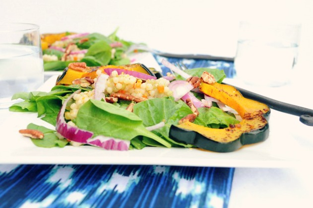 Roasted Acorn Squash Salad- a Fall salad with a lovely sweet nutty flavor from one of my favorite squash varieties!
