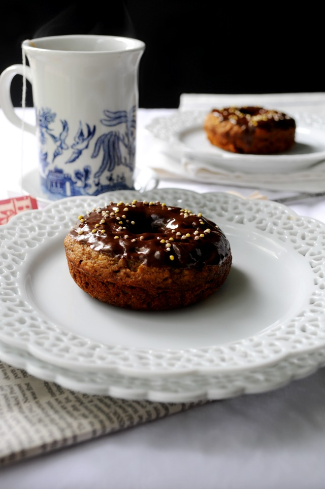 Clean Eating Banana Bread Donuts- A healthy donut? Yes, please!