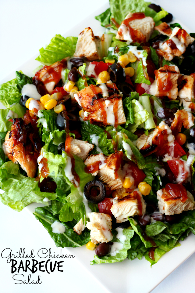 Grilled Chicken Barbecue Salad- a healthy salad that's full of mind-blowing flavor!