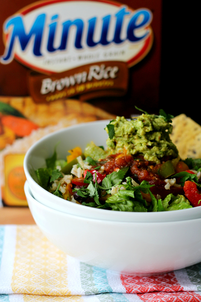 Quick and easy vegan brown rice salad bowl- a tasty dinner in less than 20 minutes!