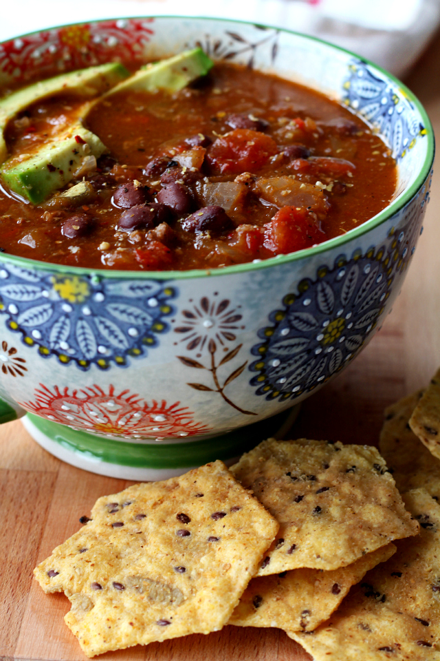 An easy 30 minute chili recipe perfect for lazy snow days, inside by the fireplace! You won't believe how incredibly tasty this quick and easy chili is.
