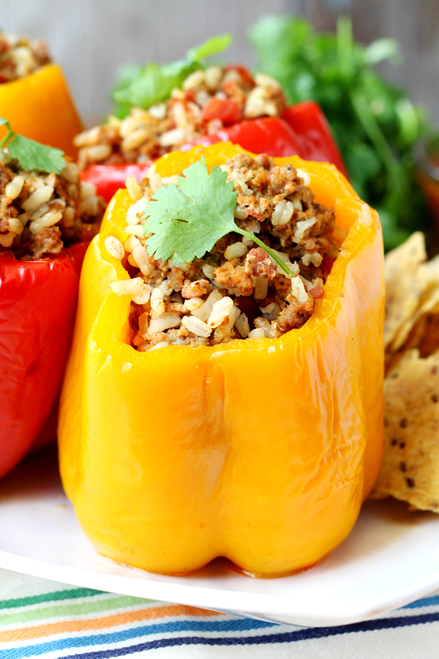 Slow Cooker Stuffed Bell Peppers- so easy and so delicious! (Paleo and Gluten-free)