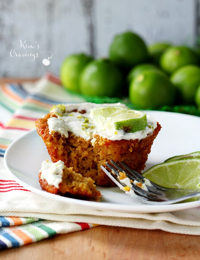 Key lime Cupcakes- the quintessential summer flavor in delicious paleo cupcakes!