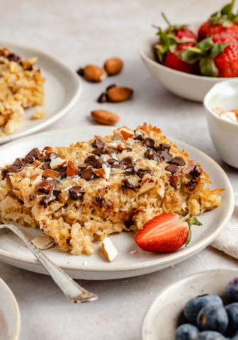 baked oatmeal made with almonds, coconut and chocolate chips