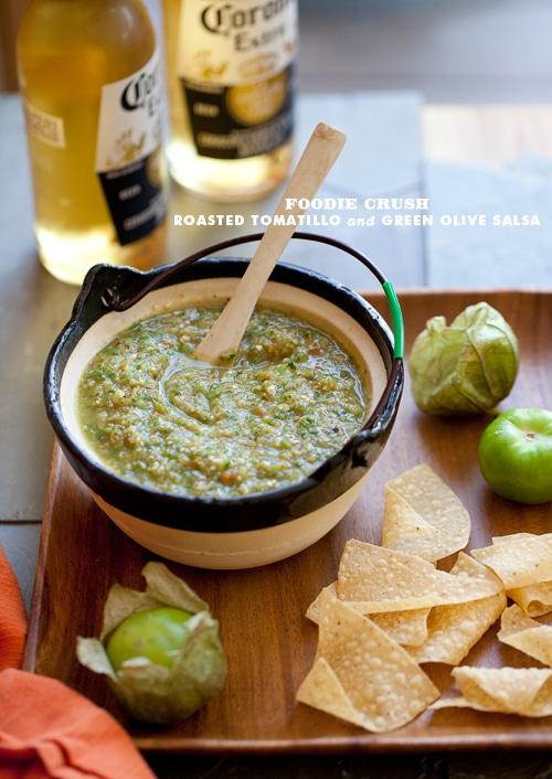 FoodieCrush-Tomatillo-Salsa