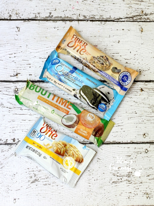 The sun, sand and surf is my jam, but as much as I love hanging out on the beach, it can make me a hangry (hungry + angry) beast! Easy healthy snacks for the beach bag are a must!!