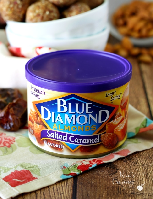 Blueberry Almond Protein Bites are incredibly tasty and the most perfect healthier sweet treat, thanks to the fun blueberry flavored blueberry almonds.
