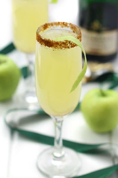 Apple-Spiced-Mimosas