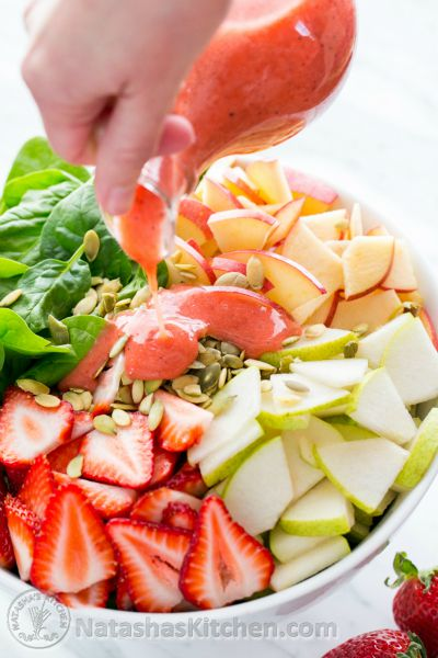 Apple-and-Pear-Spinach-Salad-with-Strawberry-Vinaigrette