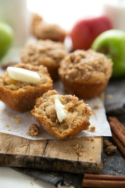 Healthy-Greek-Yogurt-Apple-Muffins