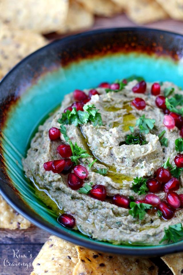 Black-Eyed Pea Hummus | 17 Vegan Recipes to Kick Off the New Year