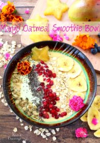 A creamy dreamy Mango Oatmeal Smoothie Bowl- the perfect breakfast when you can't decide between a bowl of oats and a smoothie!