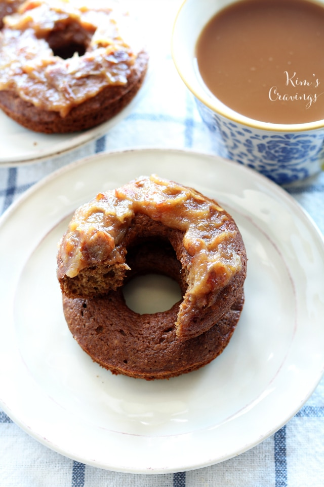 Creating these Baked Caramel Apple Donuts was such a sweet victory in the kitchen! Tender baked donuts bursting with warm caramel apple flavor and topped off with a glaze made using dates.