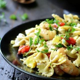 Easy Shrimp Pesto Pasta