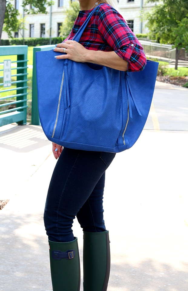 September 2016 Stitch Fix Review- Lennon Perforated Detail Tote by Urban Expressions   68.00 and Christopher Split Neck Top by Renee C   S   54.00
