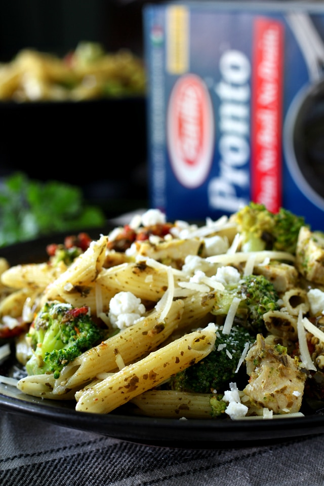 Delicious Chicken, Broccoli, Sun-Dried Tomato One Pot Pasta Meal- This is a dish the whole family will love and it's so easy, you'll want to make it again and again!