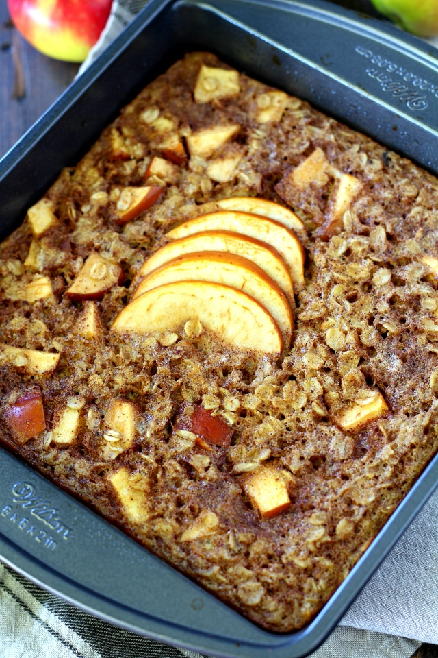 The perfect warm breakfast for cool crisp mornings is this Healthy Apple Cinnamon Baked Oatmeal. It's out of this world scrumptious, cozy and best of all- so very easy!