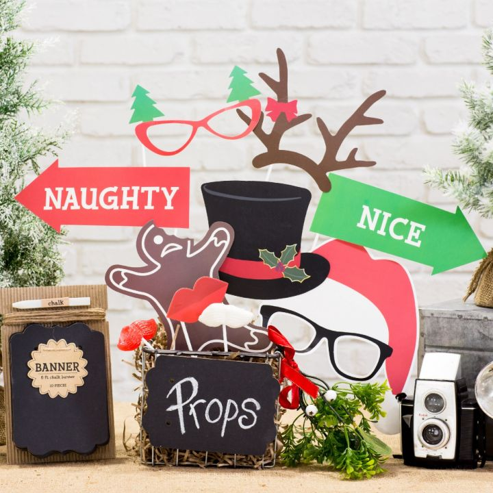 Holiday Photo Prop Gift Set from Thoughtfully