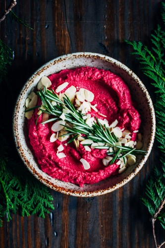 winter-beet-hummus