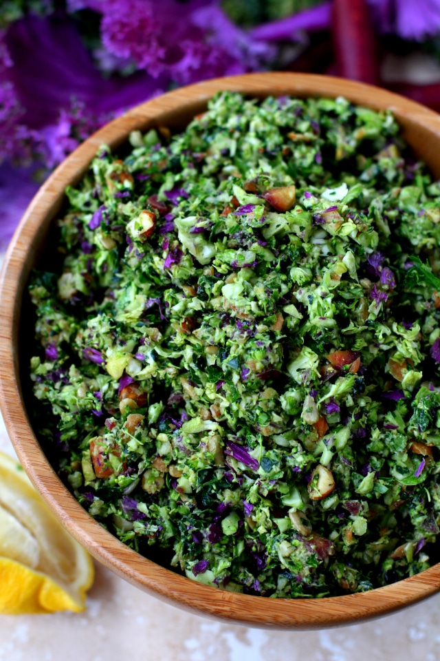 My favorite detox salad is packed with nutrients, deliciousness and fulfills all New Year's resolutions! (vegan & gluten-free)
