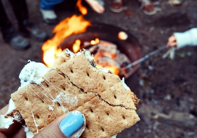 A Simple S'mores Dessert is one of my favorites to enjoy with family and friends. S'mores are so easy, irresistibly tasty and they really bring everyone together to create an experience, not just a sweet treat.