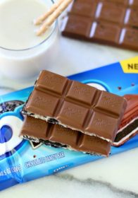 MILKA OREO Chocolate is so rich and creamy... oh and you're just going to love the OREO bits and vanilla creme inside. The combination of chocolate and OREO is seriously a dessert lover's dream.