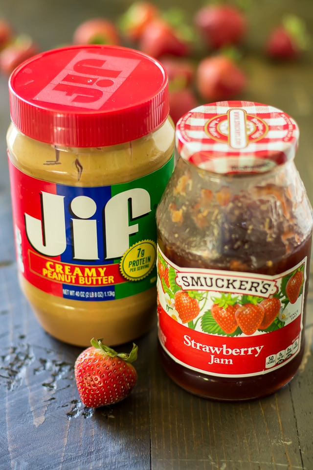 Two classics, JIF and Smucker's team up to create one amazing sandwich! Kids and adults will love this classic peanut butter and jelly sandwich!
