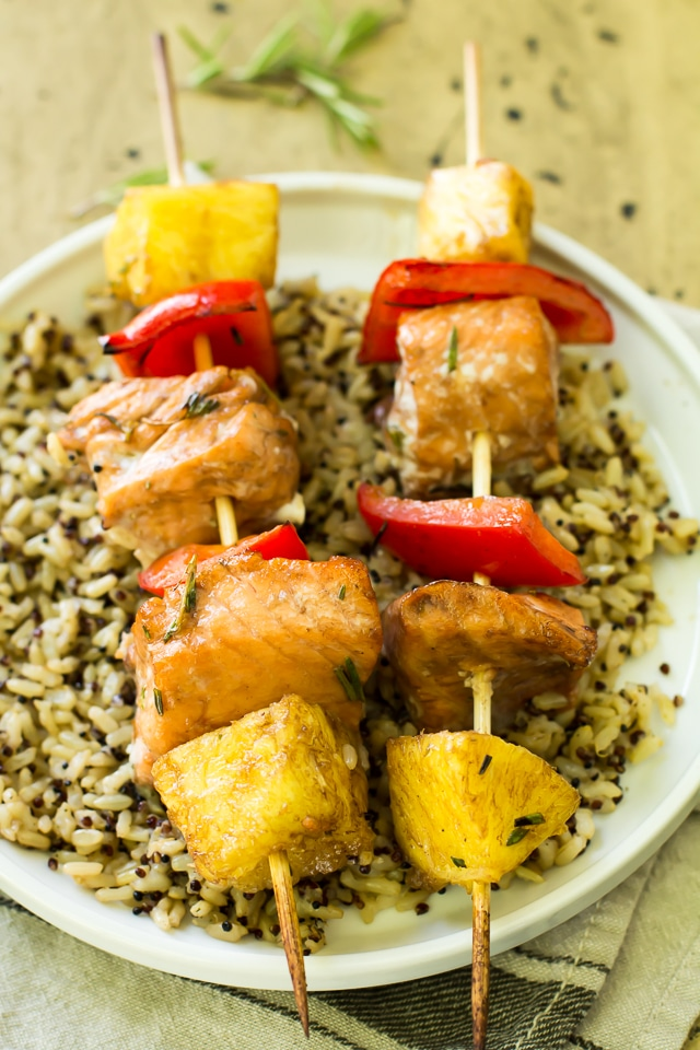 Let's keep the summer grilling tradition going today with this simple, irresistibly tasty recipe for Grilled Balsamic Salmon Kabobs.